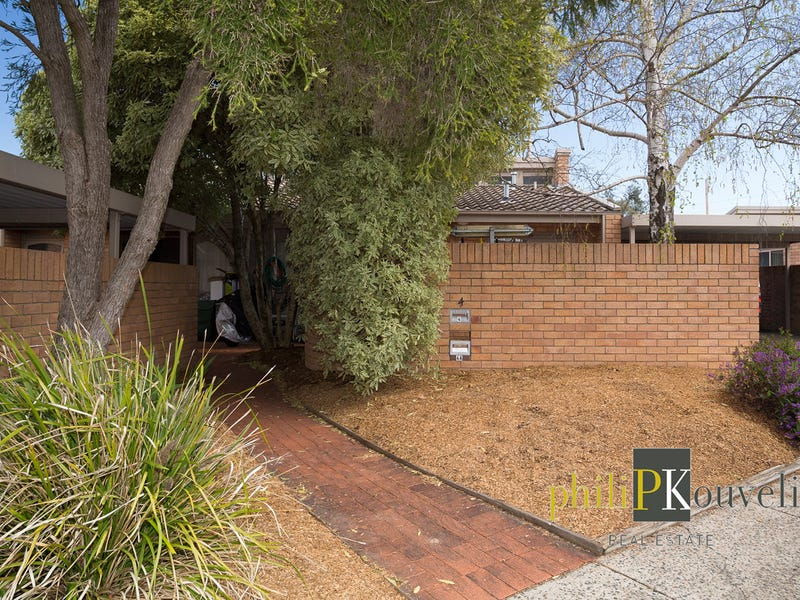 4 Boothby Place, Garran, ACT 2605
