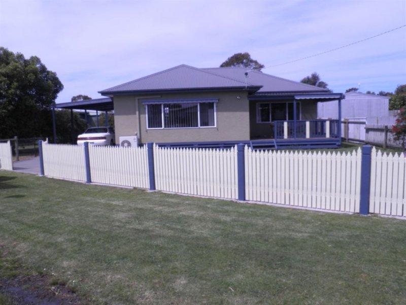 6 O'Brien Crescent, McLoughlins Beach, Vic 3874