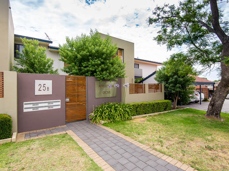 8/25B Ullapool Road, Applecross, WA 6153