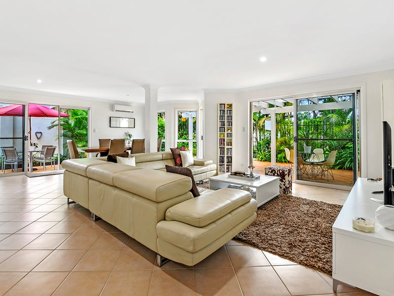 5/100 Cotlew Street East, Southport, Qld 4215
