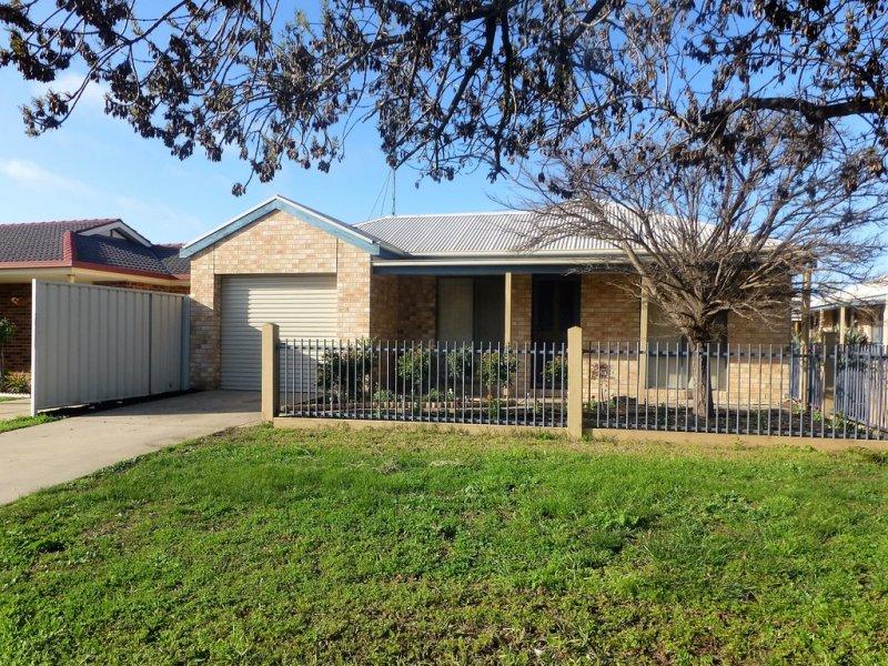 1- 37 Echuca Street, Moama, NSW 2731