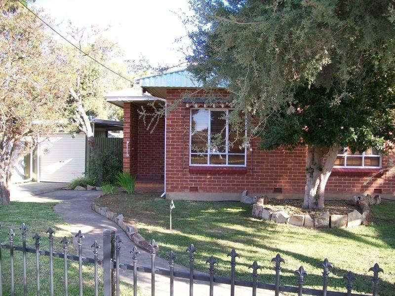 16 Tunbridge Street, Woodville South, SA 5011