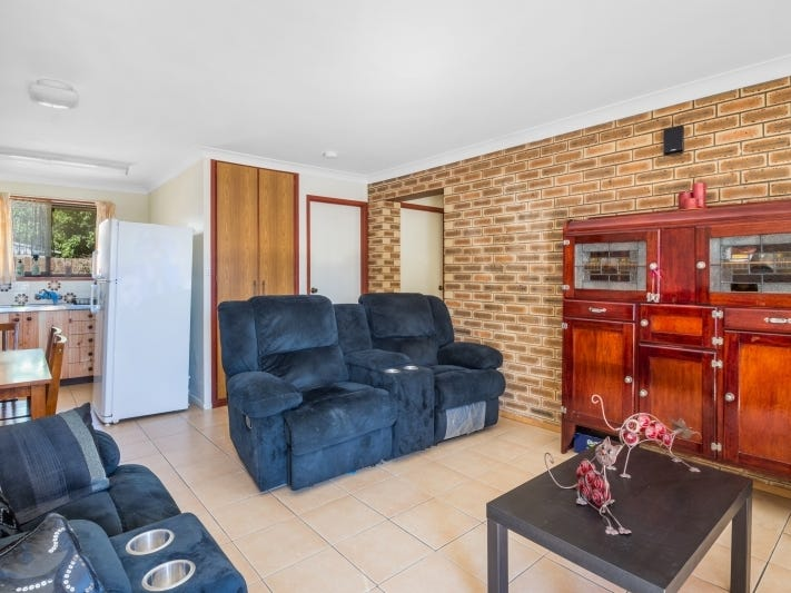 2/7 Damian Crescent, Kearneys Spring, Qld 4350