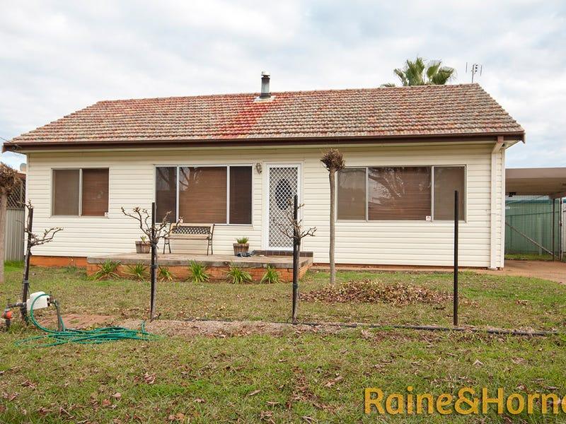 33 Roycox Crescent, Dubbo, NSW 2830