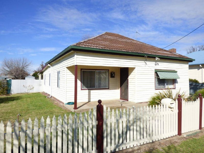 16 Ursula Street, Cootamundra, NSW 2590