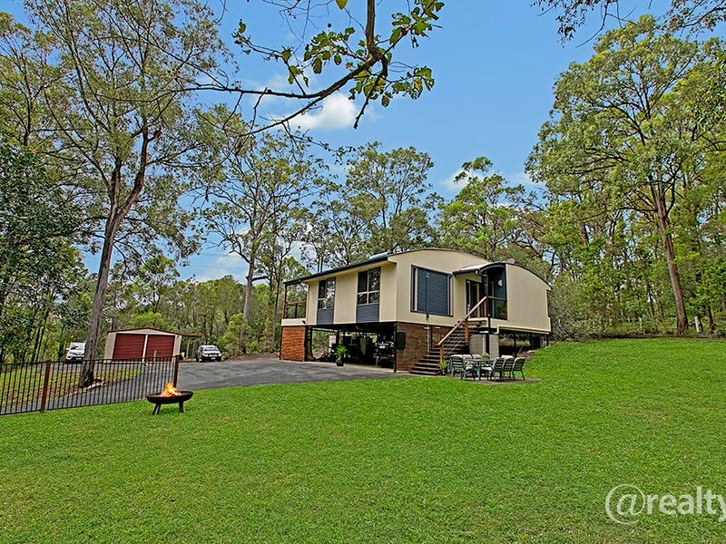 5-9 Ira Buckby Road West, Cashmere, Qld 4500