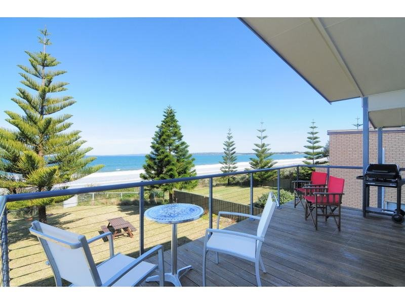 19 Quay Road, Callala Beach, NSW 2540