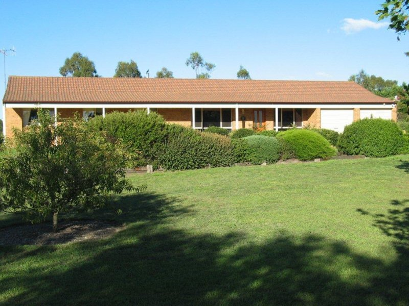 166 DUCKS LANE, Goulburn, NSW 2580