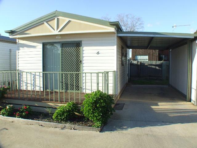 73-75 Butler Street, Deniliquin, NSW 2710