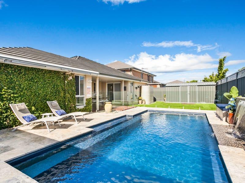 6 Shoreline Avenue, Haywards Bay, NSW 2530