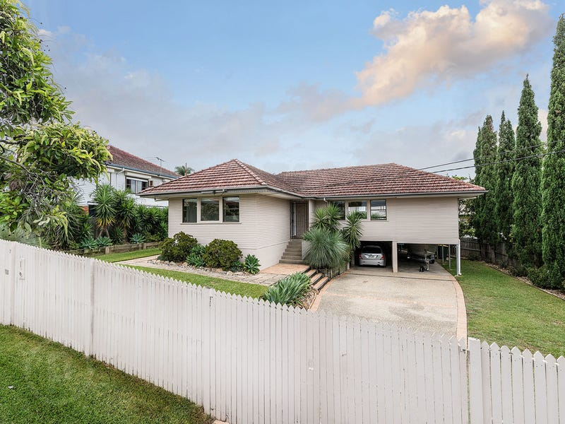 7 Pfingst Road, Wavell Heights, Qld 4012