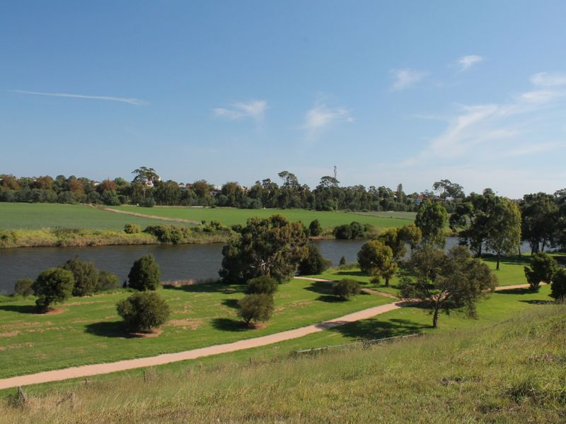 8 The Backwater, Bairnsdale, Vic 3875