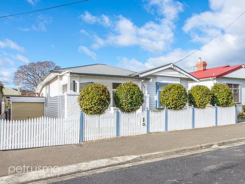 9 Rattle Street, New Town, Tas 7008