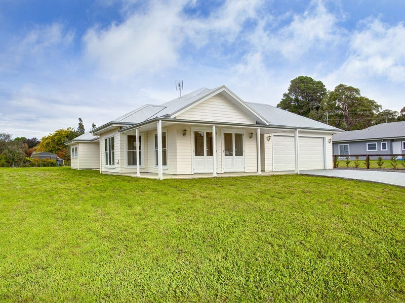 1A Victor Crescent, Moss Vale, NSW 2577