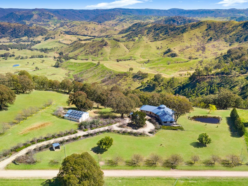 125 Caloola Halt Road, Megalong Valley, NSW 2785