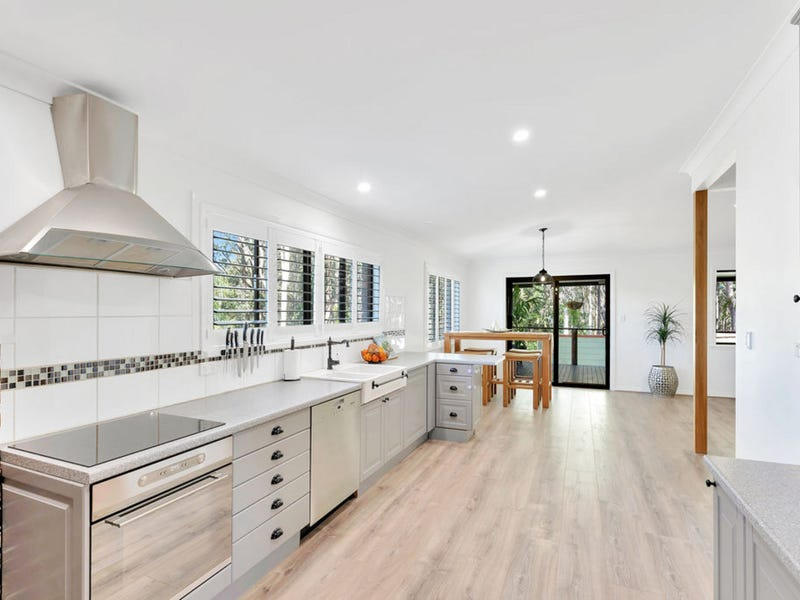 21 Josephine Terrace, Highland Park, Qld 4211
