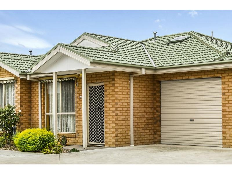 Unit 19/207-209 Wantirna Road, Ringwood, Vic 3134