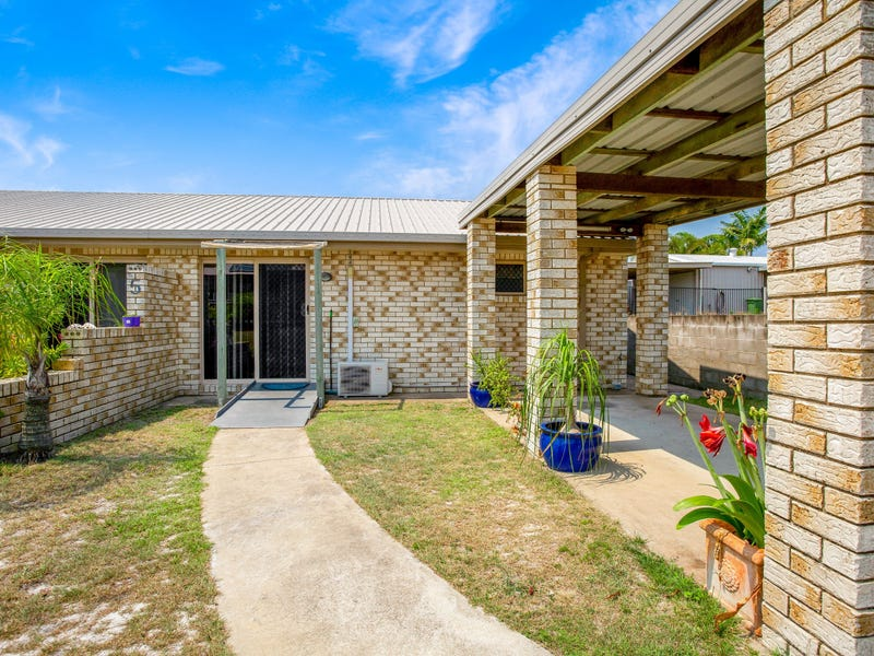 Unit 2/5 Bombala Cres, Rainbow Beach, Qld 4581