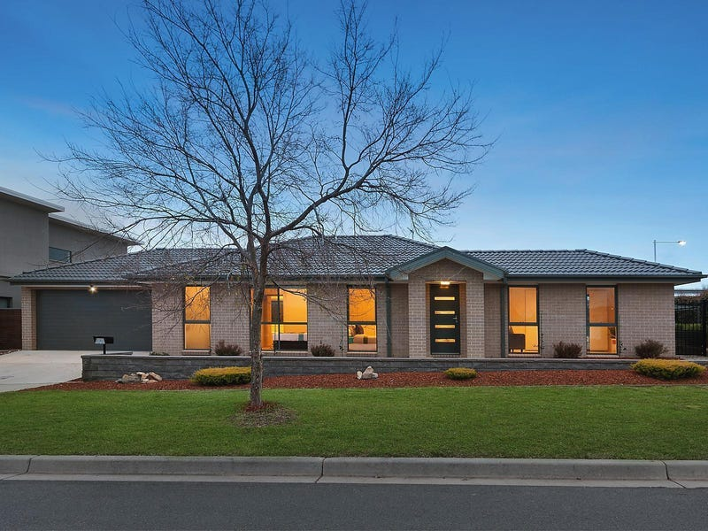2 Phipson Street, Franklin, ACT 2913