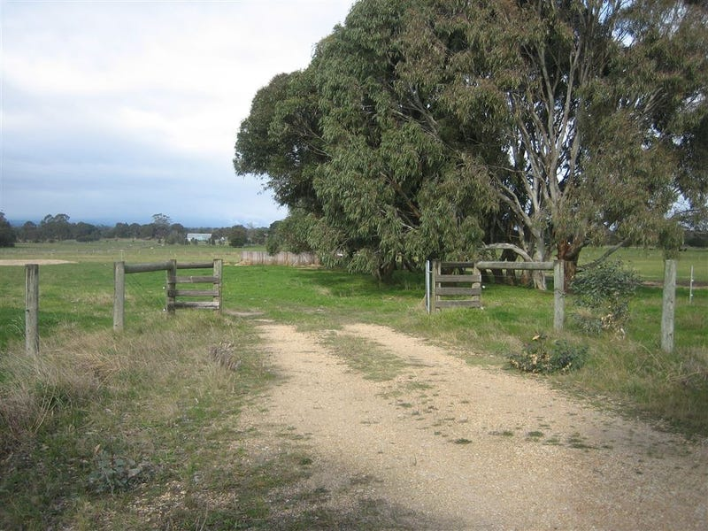 160 Cowwarr - Toongabbie Road, Toongabbie, Vic 3856
