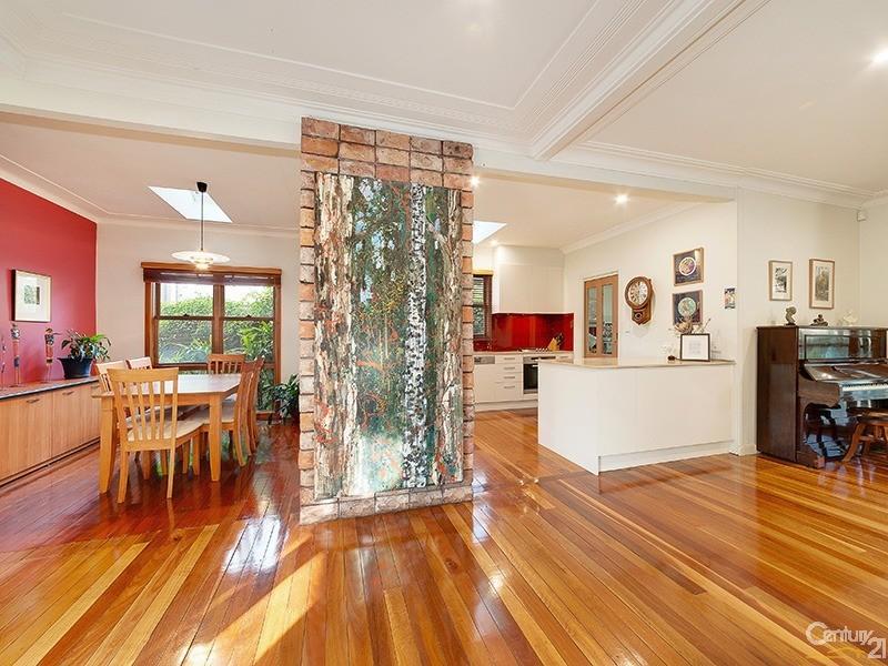 36 Kamilaroy Road, West Pymble, NSW 2073