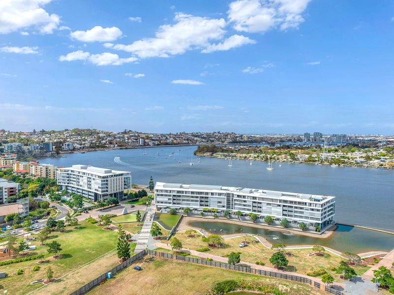 2103/30 Festival Place, Newstead, Qld 4006