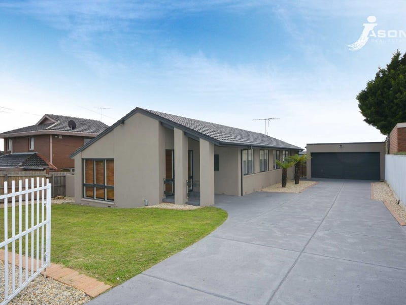 3 Reeves Close, Gladstone Park, Vic 3043
