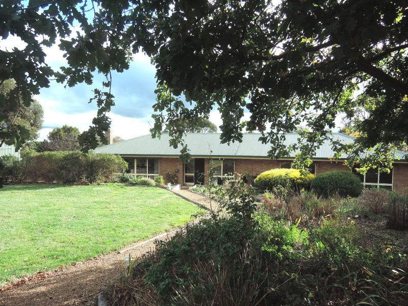 122 Benson Road, Gisborne South, Vic 3437