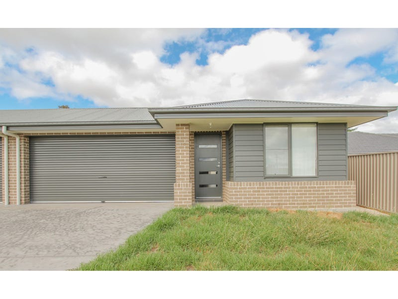 18A Cooper Crescent, Gormans Hill, NSW 2795