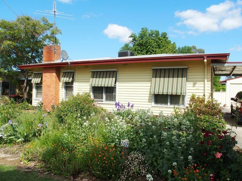 202 Milawa-Bobinawarrah Road, Milawa, Vic 3678