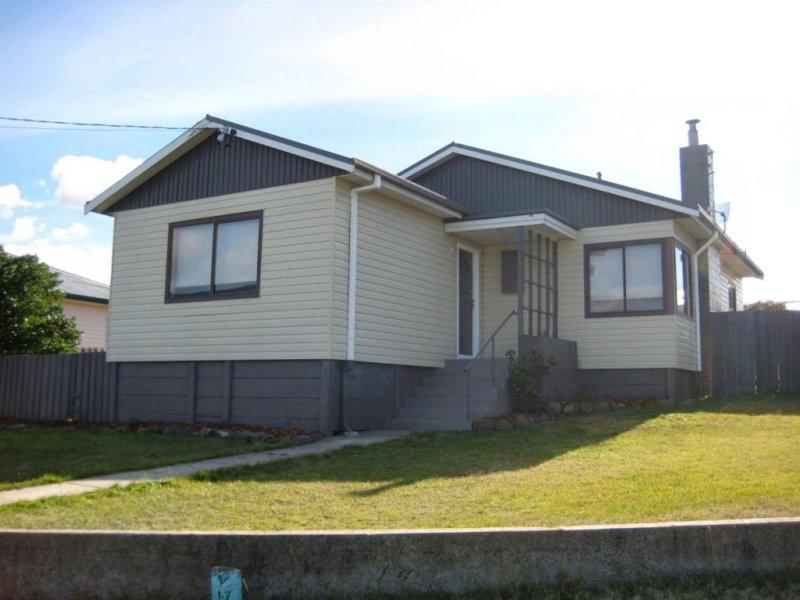 24 Renfrew Circle, Goodwood, Tas 7010
