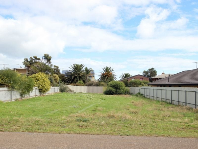 80 Wellington Avenue, Sellicks Beach, SA 5174