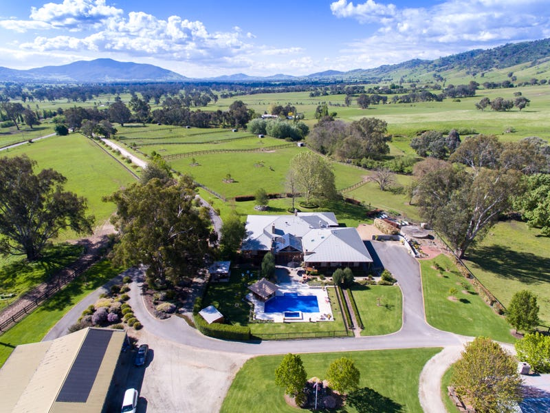 1651 Gundowring Road, Gundowring, Vic 3691