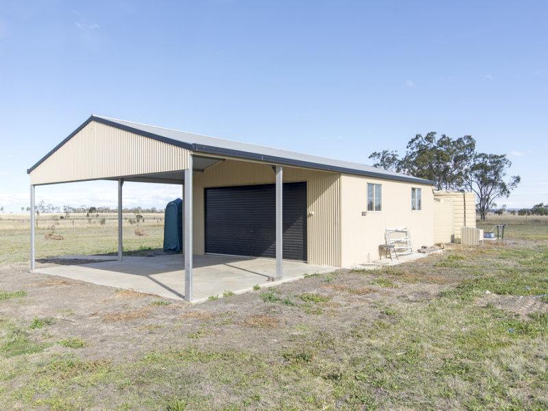 529 Pittsworth-Tummaville RD, Scrubby Mountain, Qld 4356