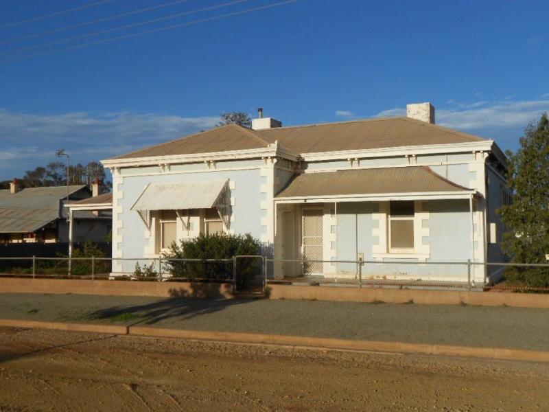 17 Fifth Street, Orroroo, SA 5431
