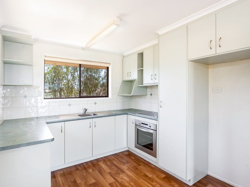 Unit 2/10 Gloucester Crescent, Darling Heights, Qld 4350