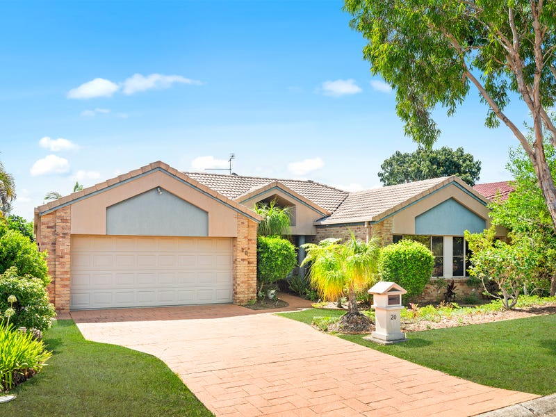 20 Champagne Drive, Tweed Heads South, NSW 2486
