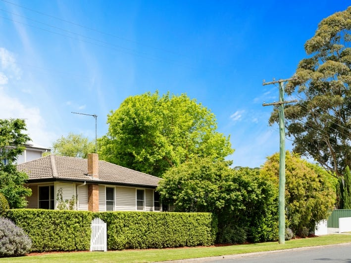 30 Hoskins Street, Moss Vale, NSW 2577