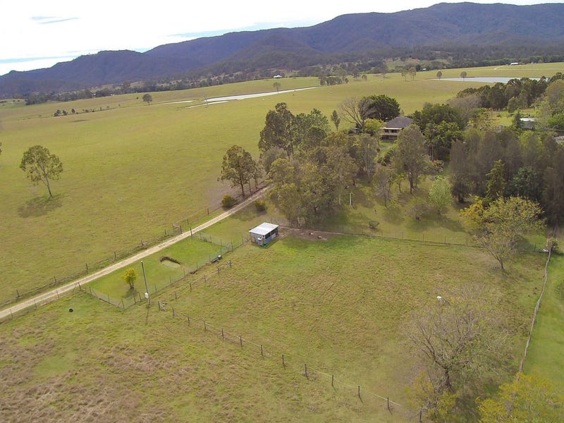 714 Sandy Creek Road, Sandy Creek, Qld 4515