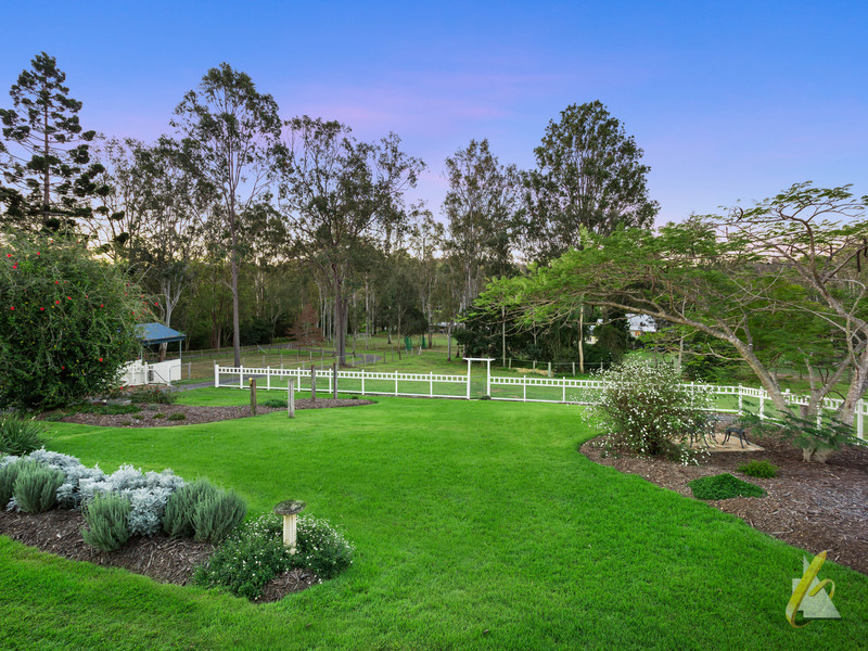 400 Mount Crosby Road, Anstead, Qld 4070