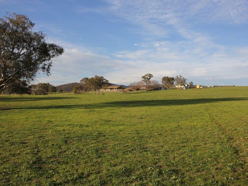 219 Mersing Road, Glanmire, NSW 2795