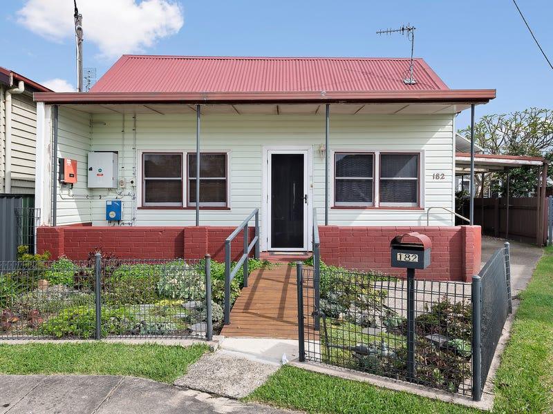 182 Teralba Road, Adamstown, NSW 2289