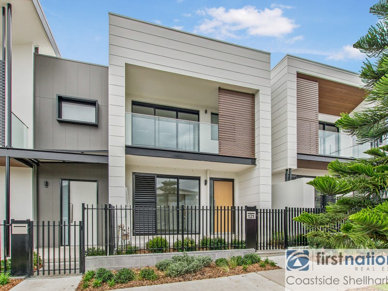 121 Harbour Boulevard, Shell Cove, NSW 2529