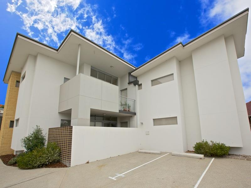 4/305 Walcott St, North Perth