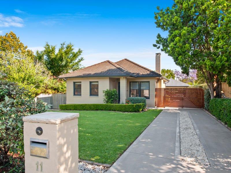 11 Barrett Avenue, Thornleigh, NSW 2120