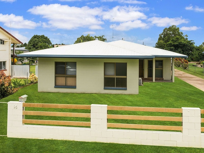 96 Thirteenth Avenue, Home Hill, Qld 4806