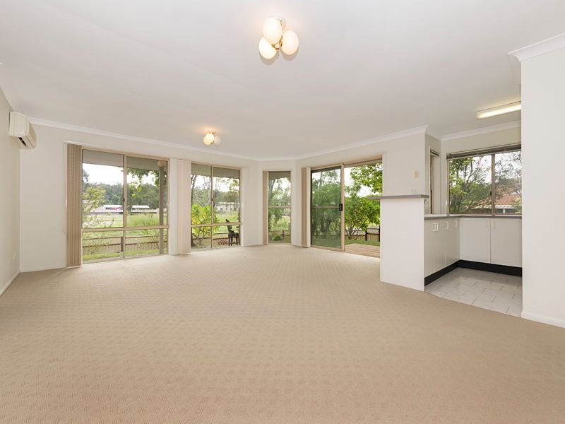 1/5 Golden Crest Place, Bellbowrie, Qld 4070