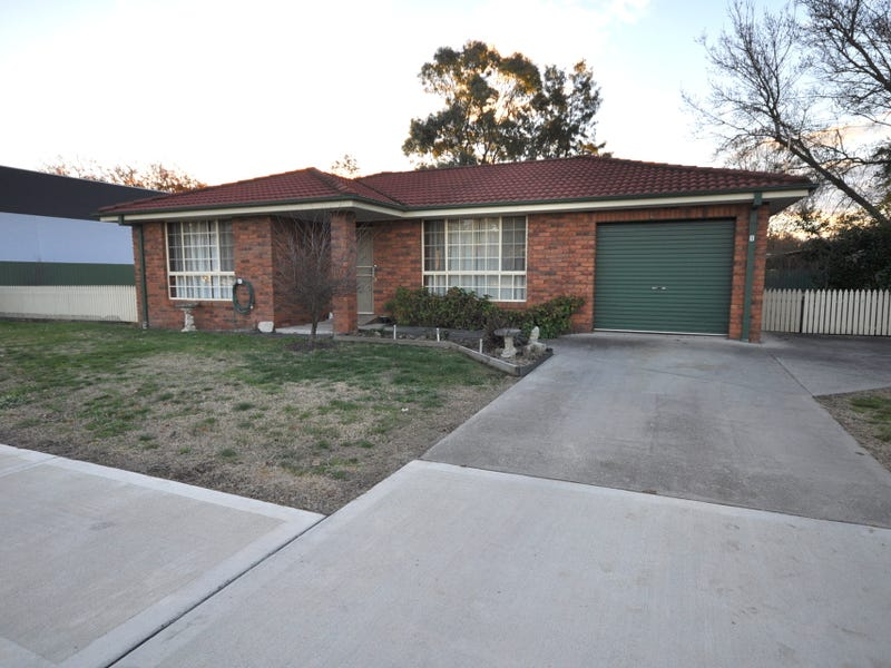 1/100 Huon Street, Jindera, NSW 2642