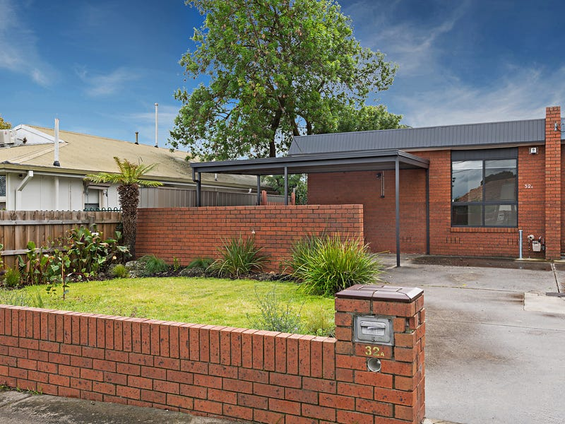 32a Separation Street, Fairfield, Vic 3078