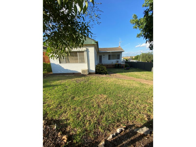 25 Riddell Street, Molong, NSW 2866